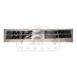 Emblemat MTZ-82 kpl.